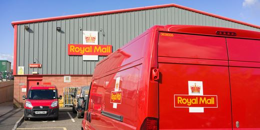 The Expert View: Royal Mail and Standard Chartered