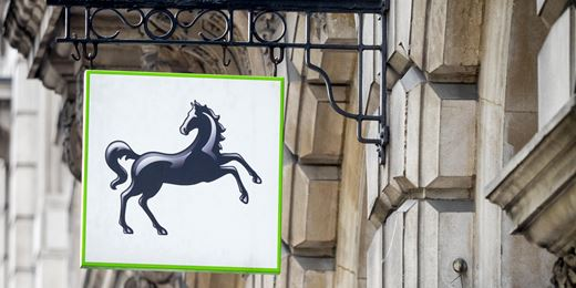 Lloyds sells £344m Standard Life Aberdeen stake