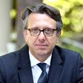 Marc Renaud - Marc Renaud baut Kasse in Flaggschiff-Fonds ab und erhöht Banken